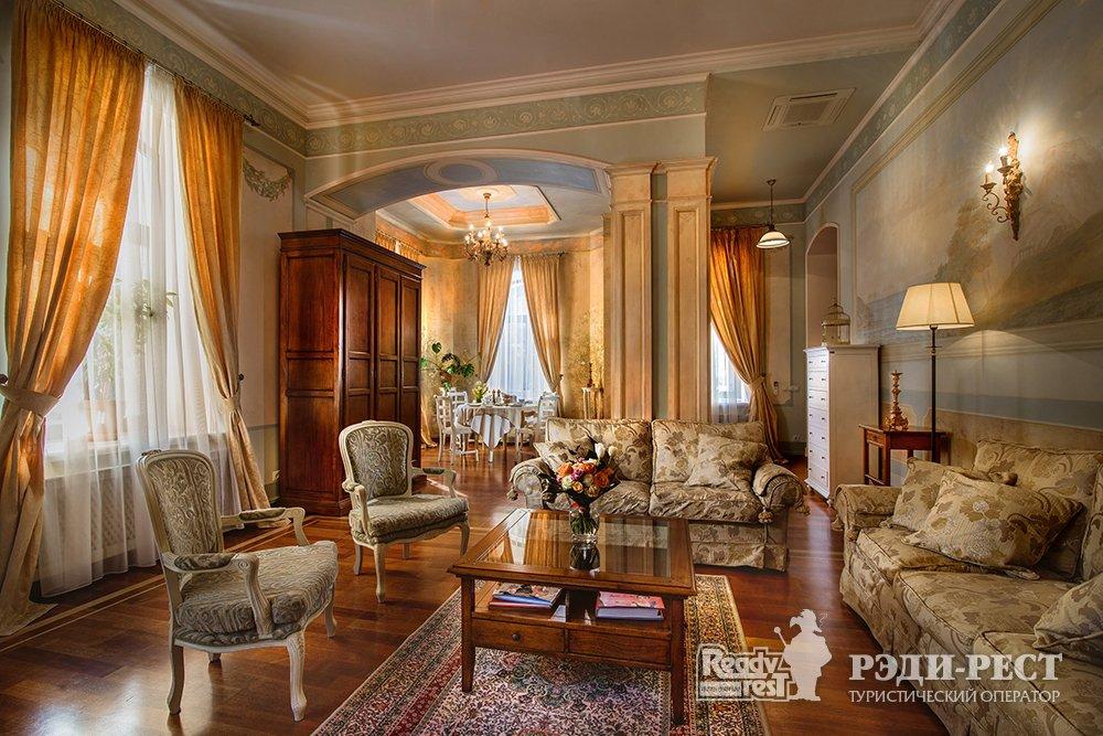 Отель и резиденции Вилла Елена 5*. Апартамент
