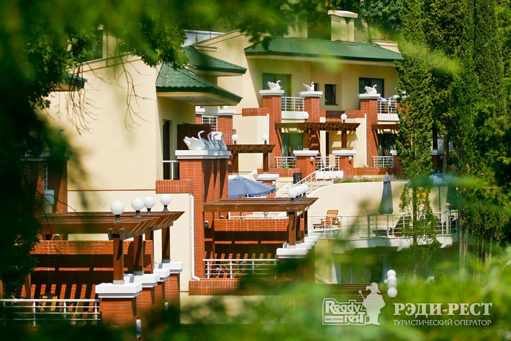 Курортный отель Море. Большая Алушта