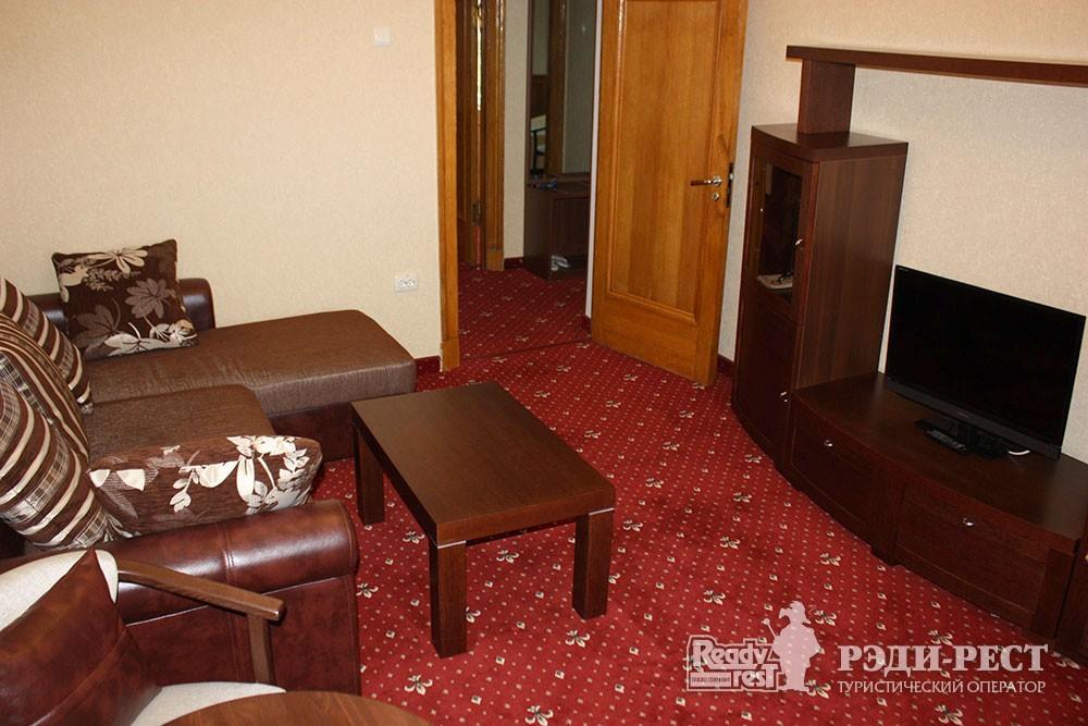 Cанаторно-курортный комплекс Руссия. Люкс 2-комнатный, корпус 1
