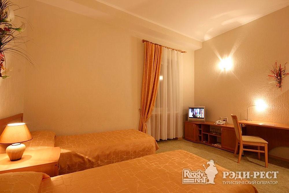 Отель Даккар 3*. Стандарт 2-местный