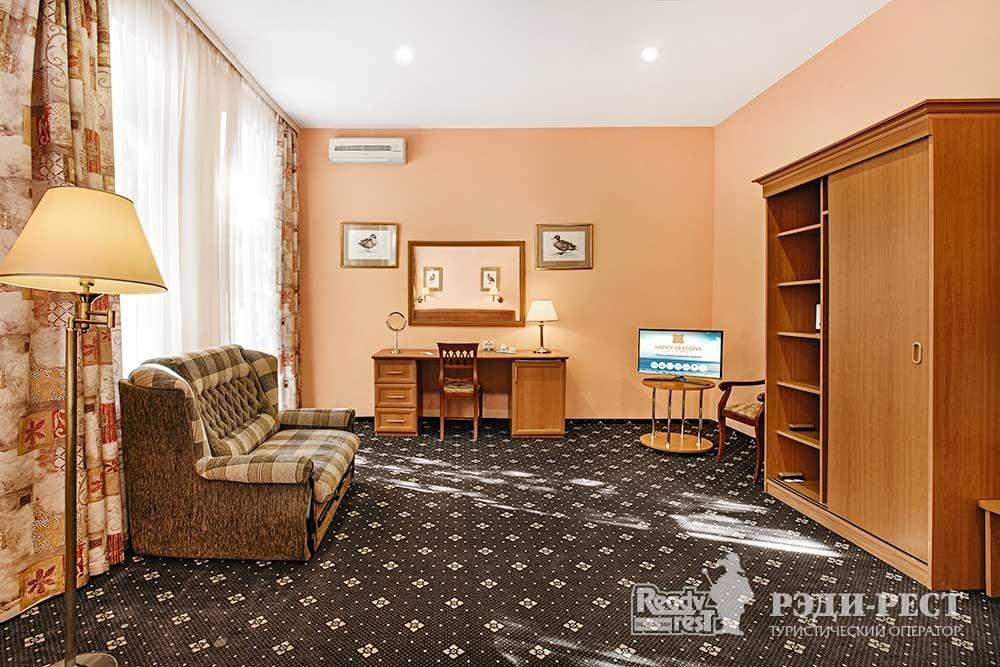 Отель Бристоль 3* Супериор